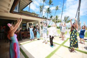 ハワイウェディング フラティーチング